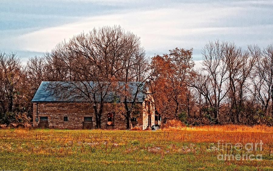 Stone Barn On 875 Road Photograph