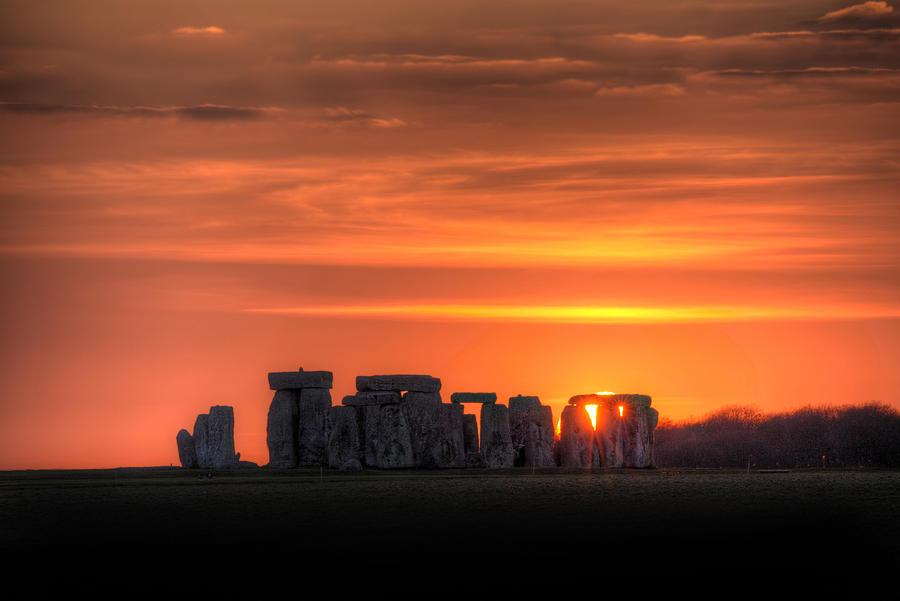 Ray Photograph - Stonehenge Sunset by Simon West