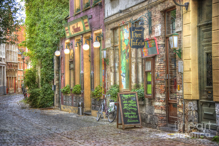 Architecture Photograph - Street In Ghent by Juli Scalzi