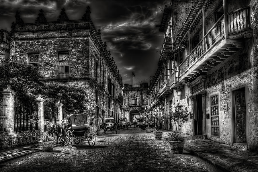 Streets Of Havana Bw Photograph
