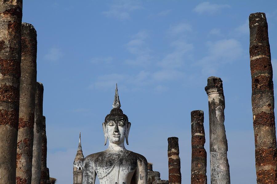 Sukhothai Photograph - Sukhothai Historical Park - Sukhothai Thailand - 011338 by DC Photographer