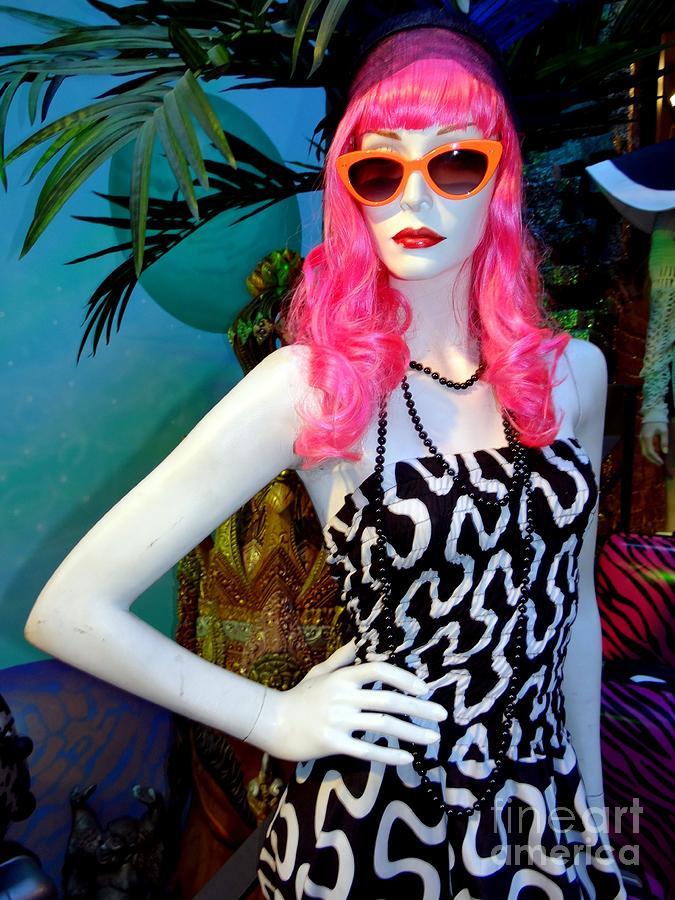 Mannequins Photograph - Summer Chic by Ed Weidman