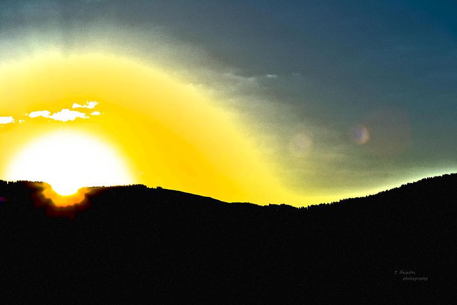 Sun Photograph - Sun by Teresa Dixon