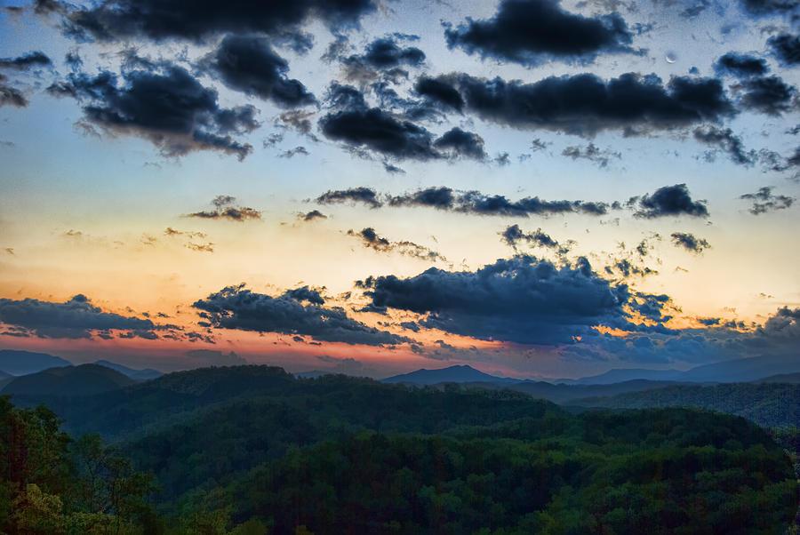 Tennessee Painting - Sundown by Steven Richardson