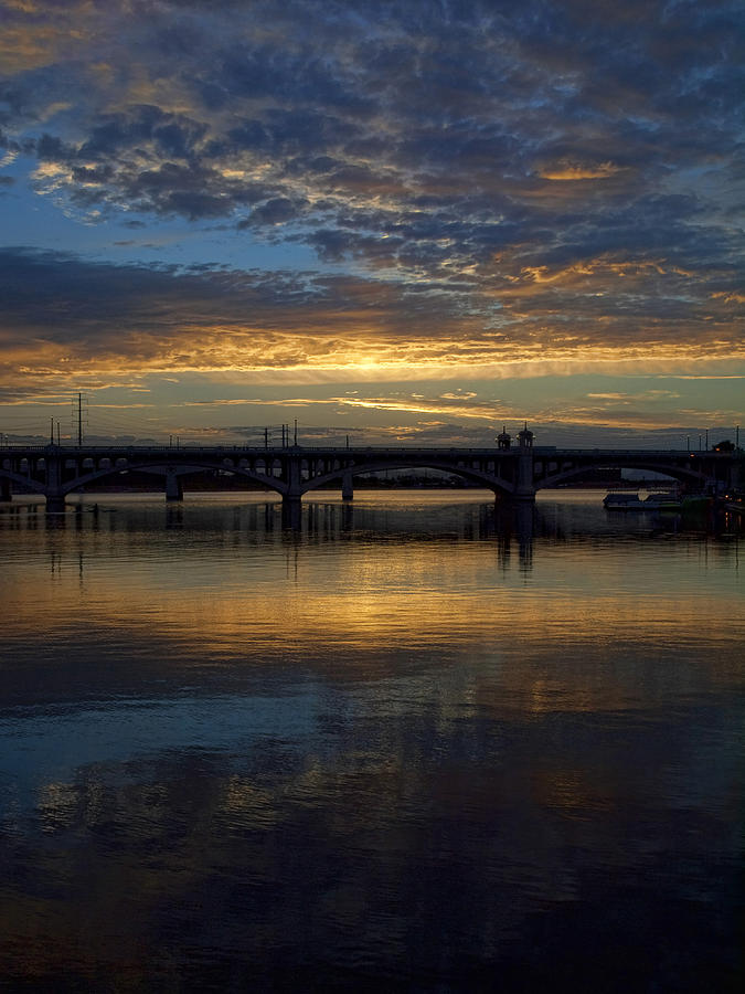 Sunrise At Tempe Town Lake Photograph