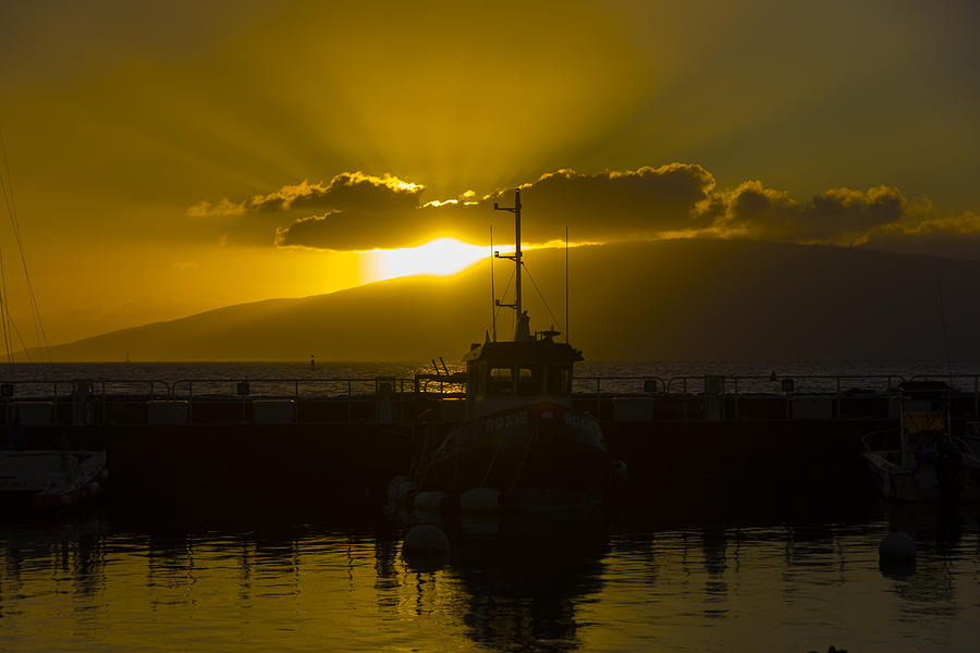 Hawaii Photograph - Sunset Lahaina Marina by Norman Blume