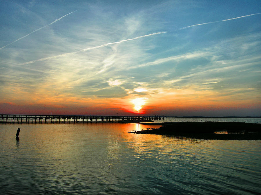 Sundown Photograph - Sunset On Chincoteague Bay by Steven Ainsworth