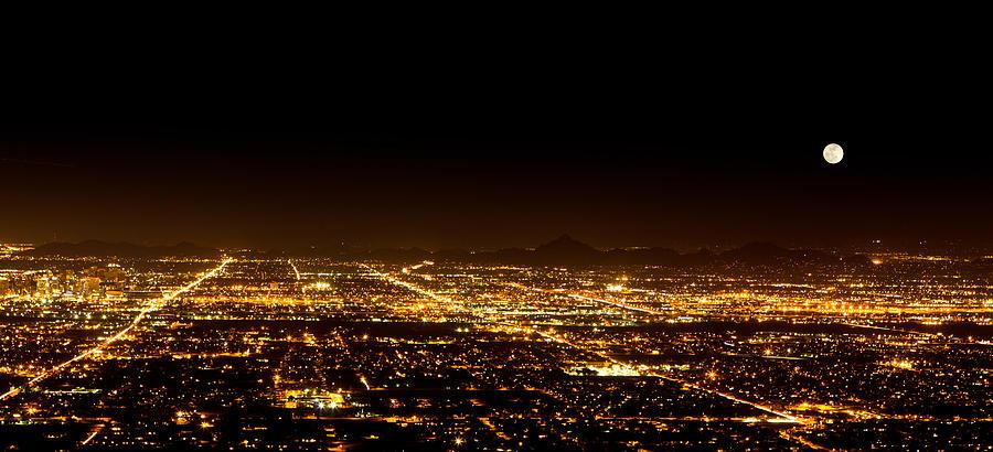 Super Moon Over Phoenix Arizona Photograph