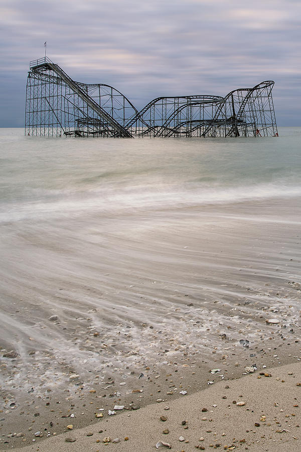 Hurricane Photograph - Surfs Up by Mike Orso