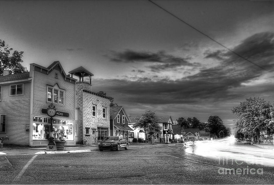 Suttons Photograph - Suttons Bay In Black And White by Twenty Two North Photography