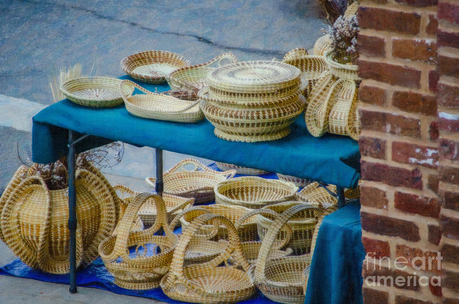 Sweet Grass Baskets Of Charleston Sc Photograph