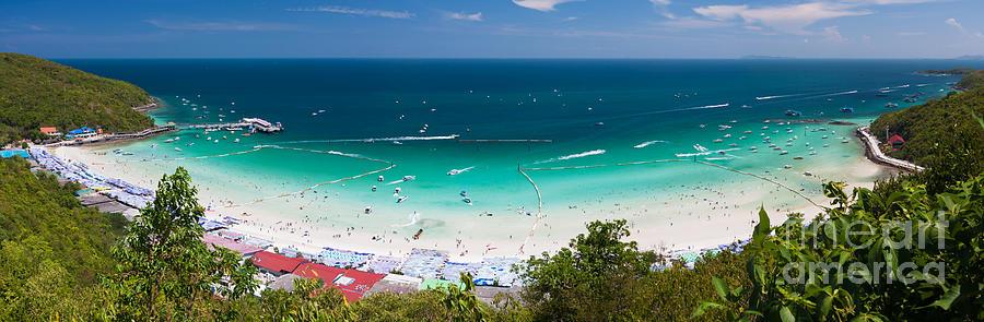 Tawaen Beach Photograph