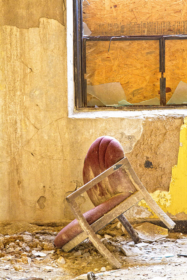 Broken Chair Photograph - The Broken Chair by Carolyn Fox
