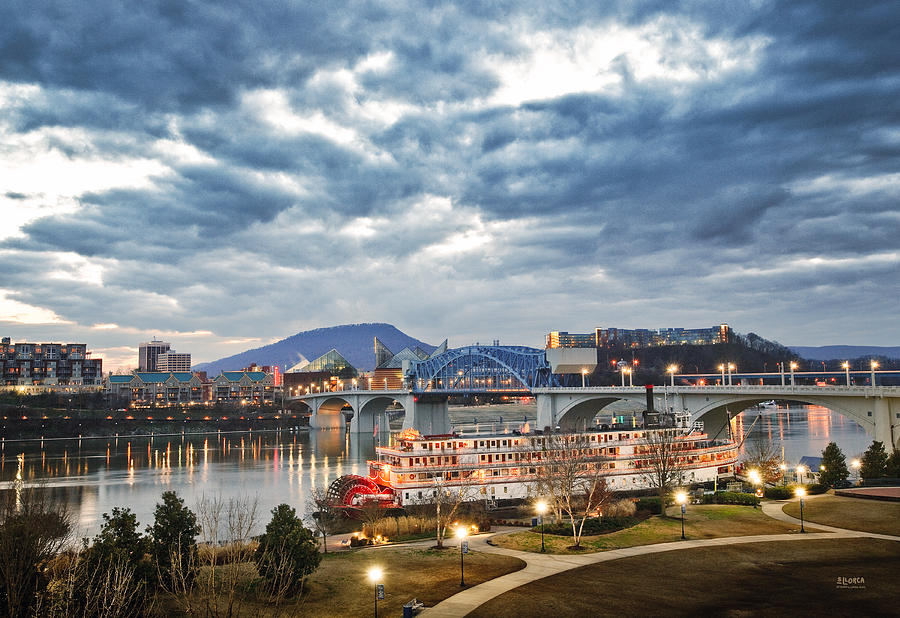 Chattanooga Photograph - The Delta Queen And Coolidge Park At Dusk by Steven Llorca