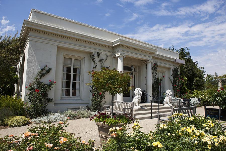 Huntington Library Rose Garden Cafe