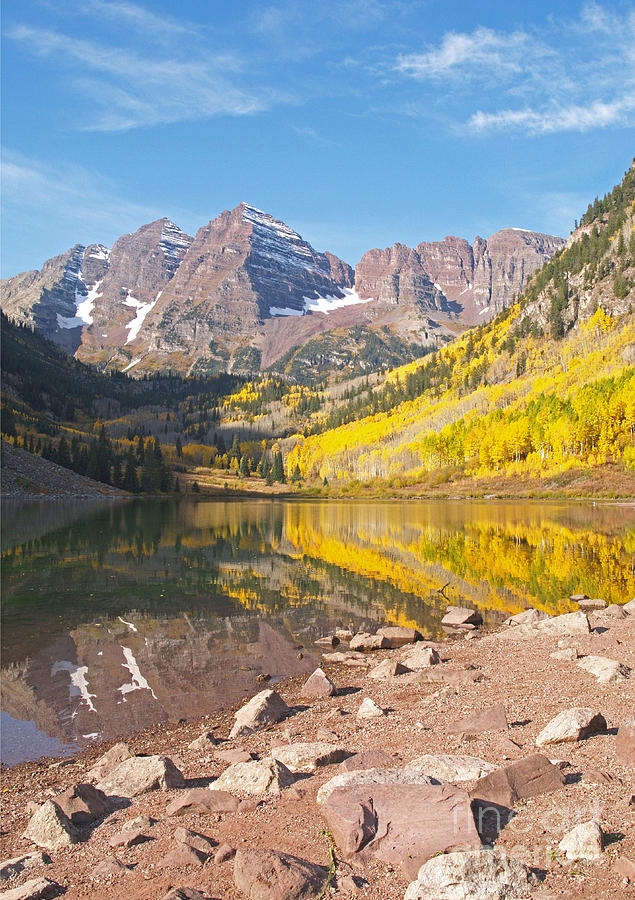 Landscape Photograph - The Maroon Bells Near Aspen Colorado by Alex Cassels
