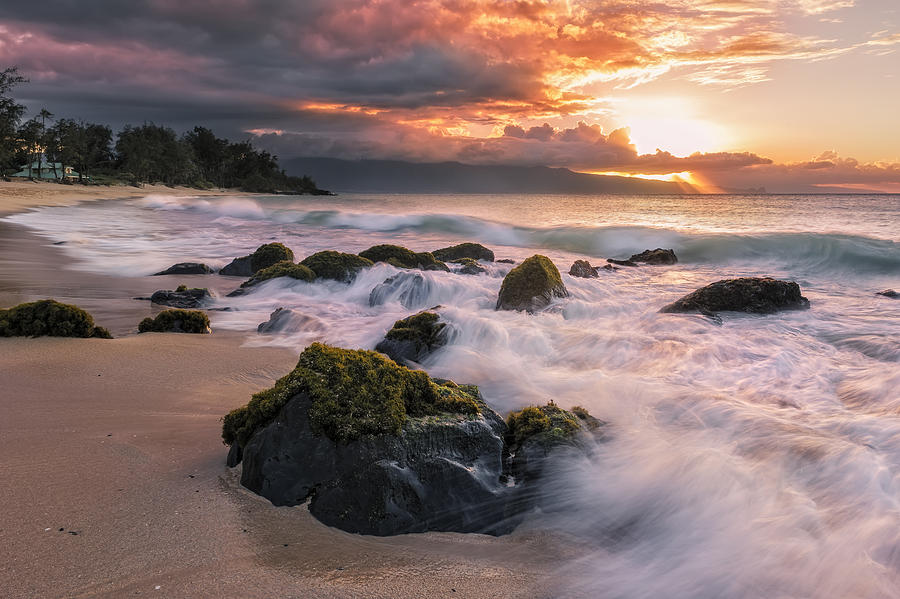The North Shore Of Maui Photograph