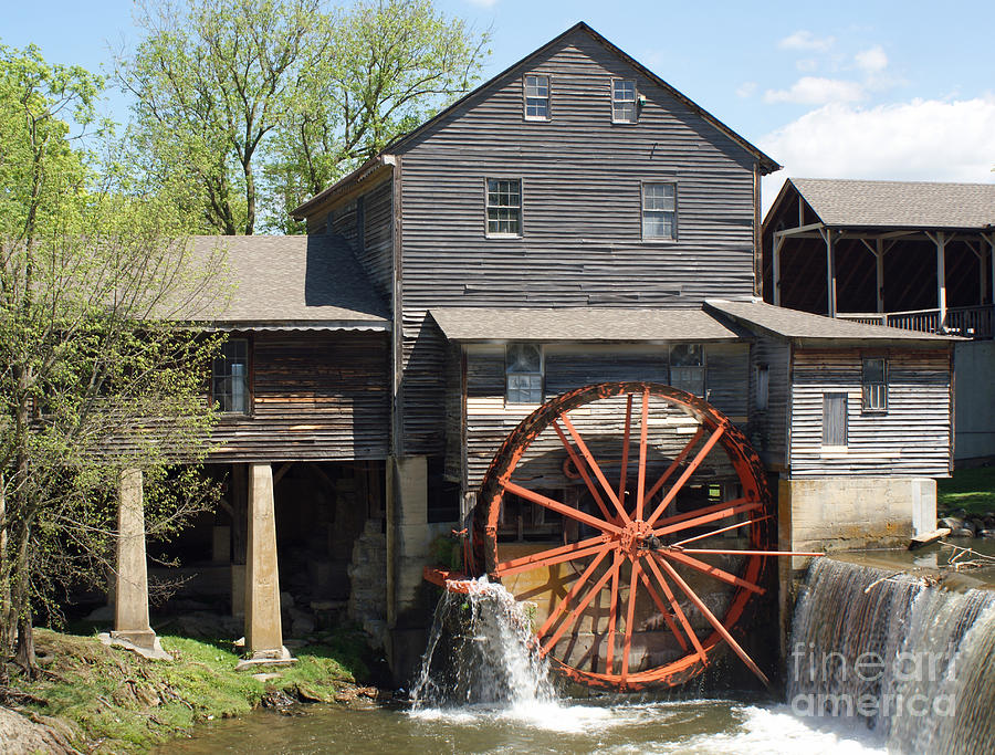 The Old Mill In Pigeon Forge Photograph  - The Old Mill In Pigeon Forge Fine Art Print