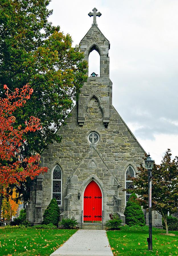 Pennsylvania Photograph - The Red Door by Steve Harrington