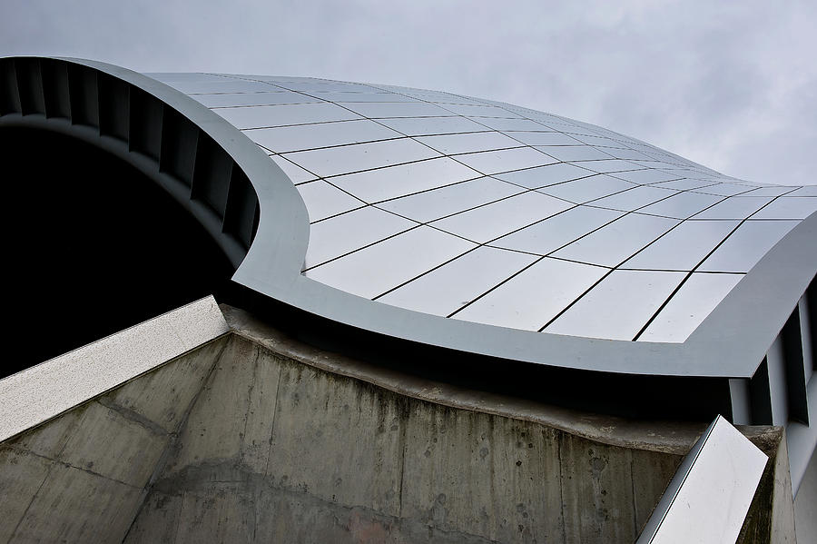 Newcastle Photograph - The Sage by Stephen Taylor