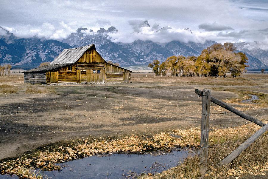 Thomas Moultons Barn Photograph