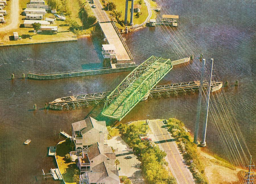 Ti Swingin Swing Bridge Photograph