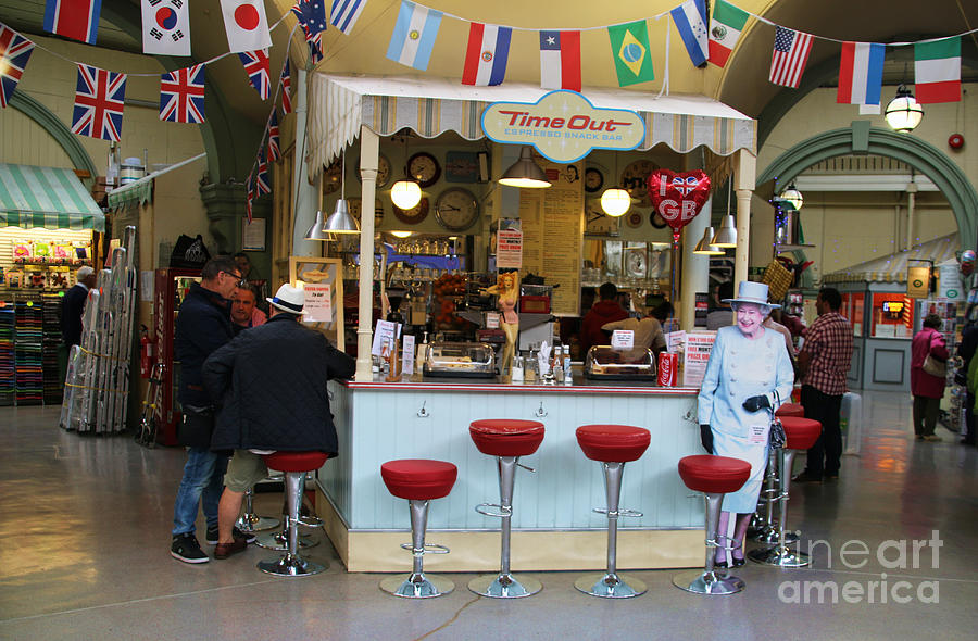 Time Out Snack Bar In Bath England Photograph