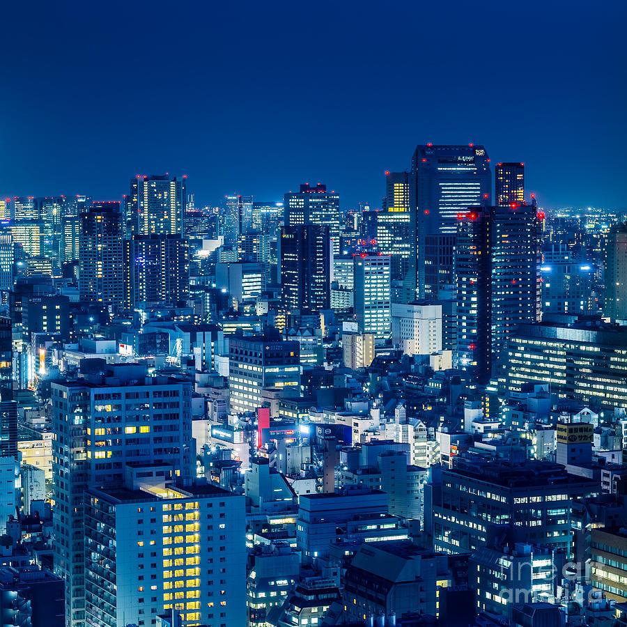Tokyo Photograph - Tokyo 19 by Tom Uhlenberg