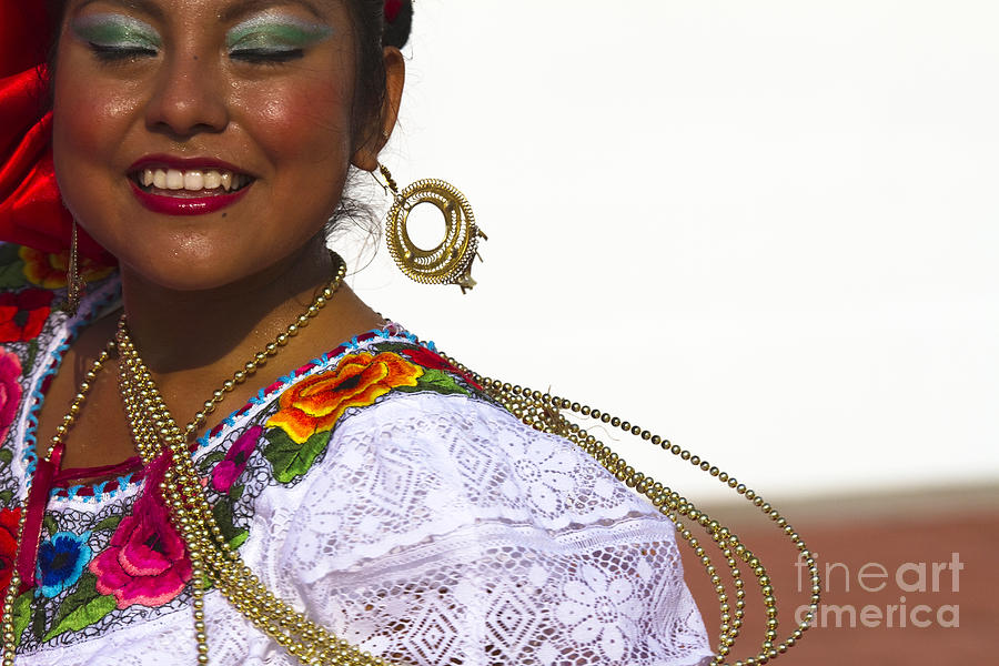 Traditional Ethnic Dancers In Chiapas Mexico Photograph