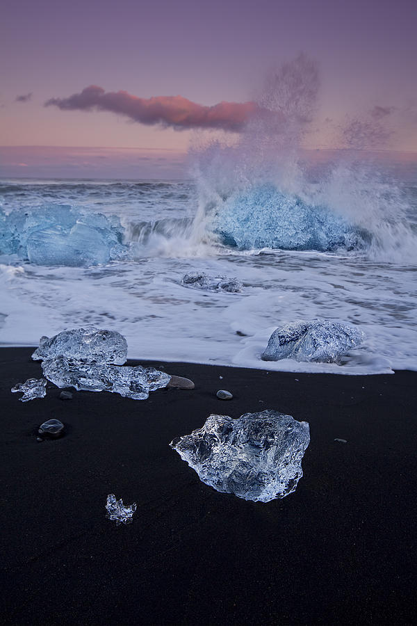Jökulsárlón Photograph - Trail Of Diamonds by Evelina Kremsdorf