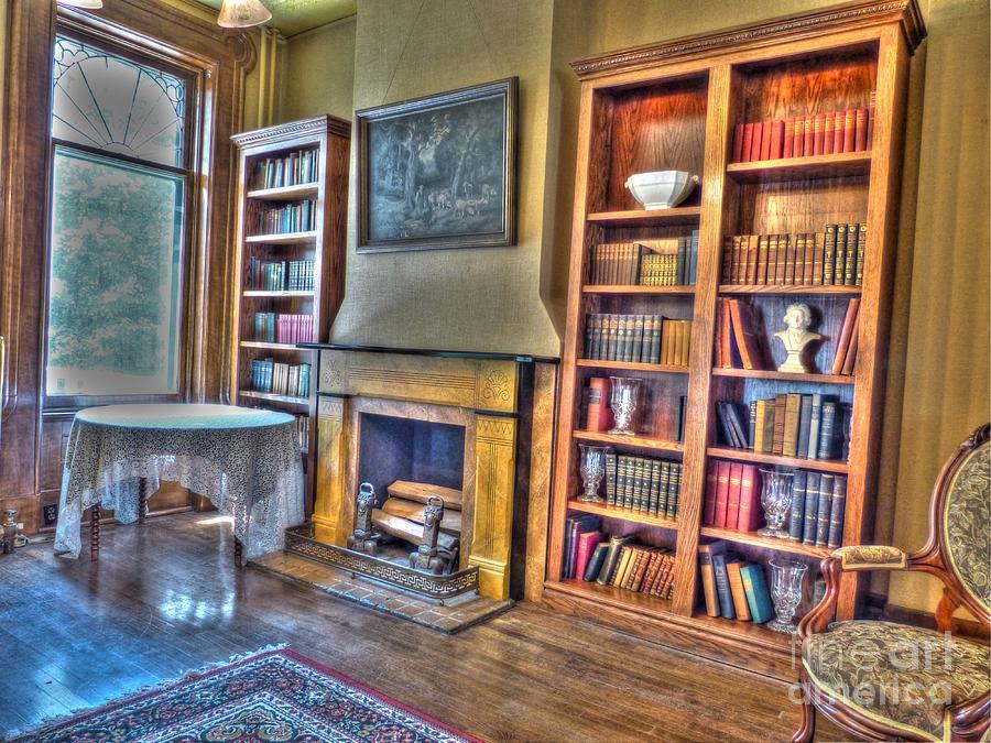 Turner Dodge House Photograph