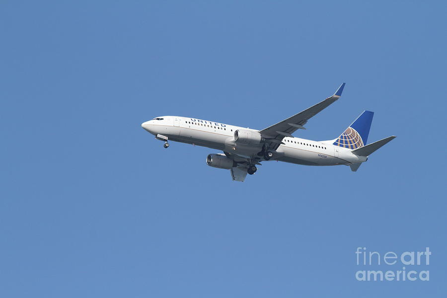 United Airlines Jet 7d21942 Photograph  - United Airlines Jet 7d21942 Fine Art Print