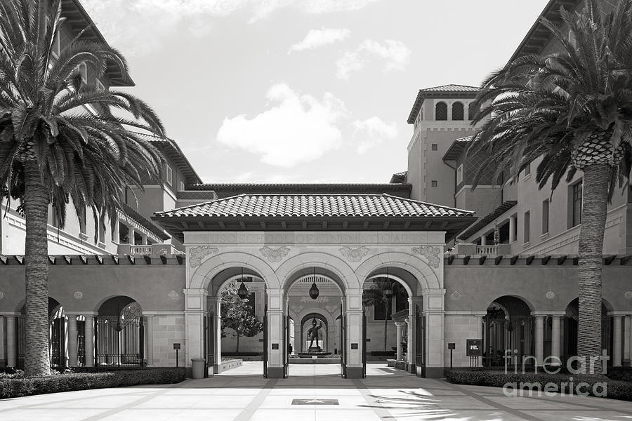 University Of Southern California School Of Cinematic Arts Photograph