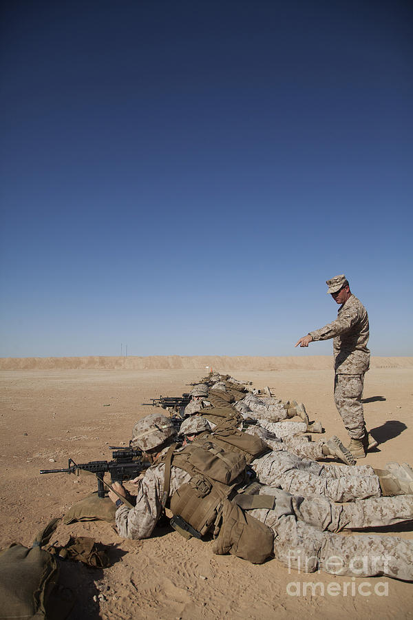 U.s. Marine Corps Officer Directs Photograph