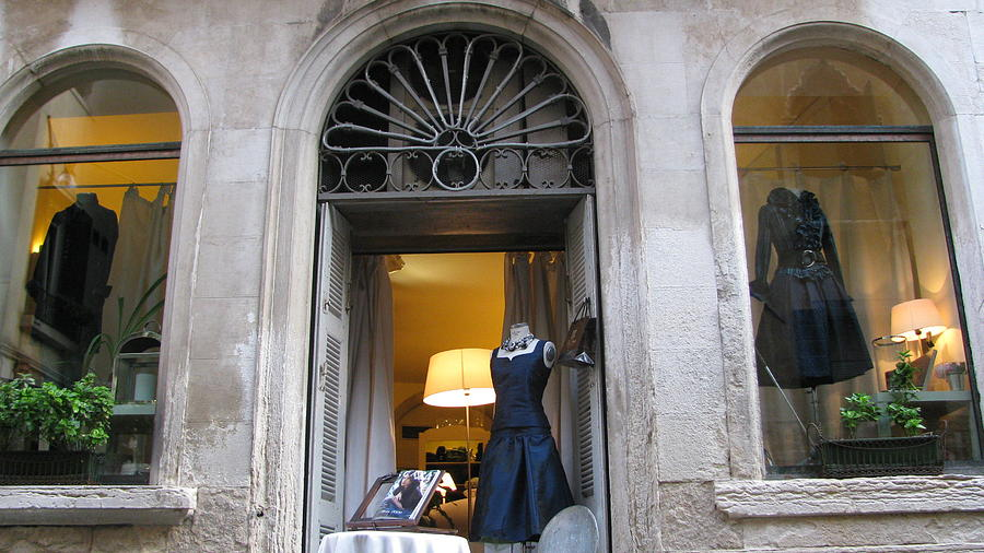 Photograph - Venetian Boutique  by Suzy  Godefroy