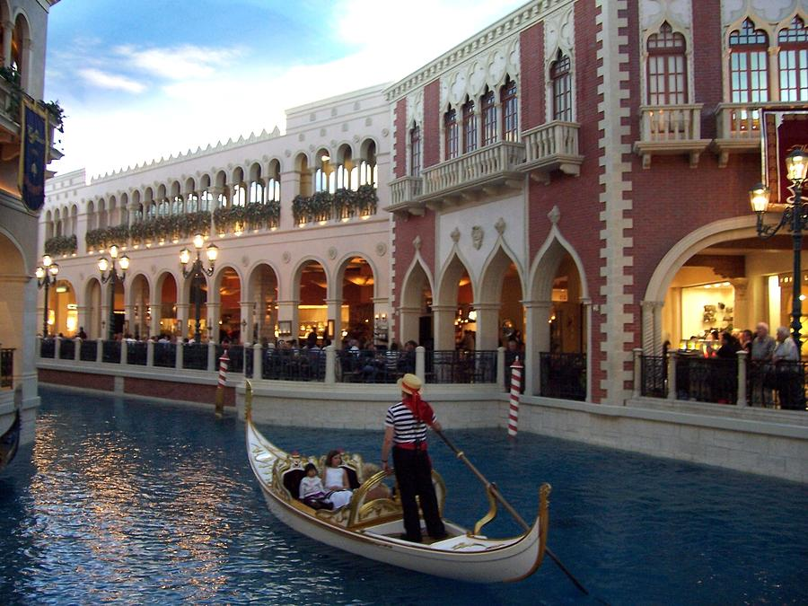 Venice Hotel In Vegas