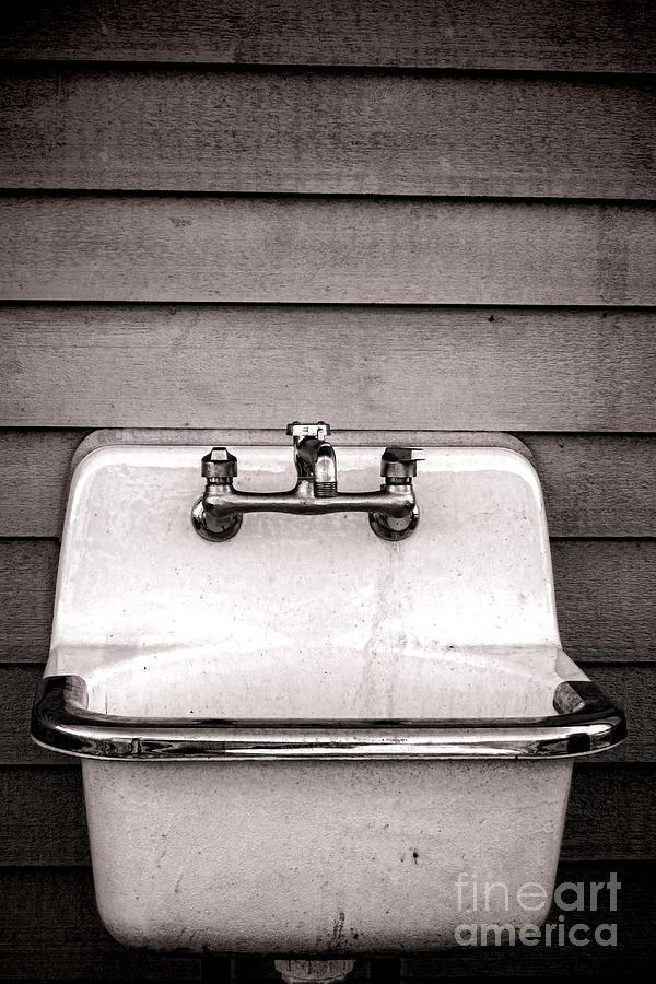 Vintage Photograph - Vintage Sink by Olivier Le Queinec
