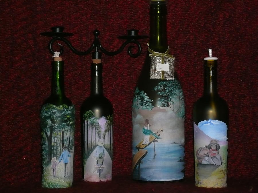 Wine bottle crafts glass art for Bottle arts and crafts