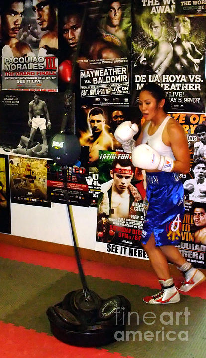 Ana Julaton Photograph - Womans Boxing Champion Filipino American Ana Julaton Working Out by Jim Fitzpatrick