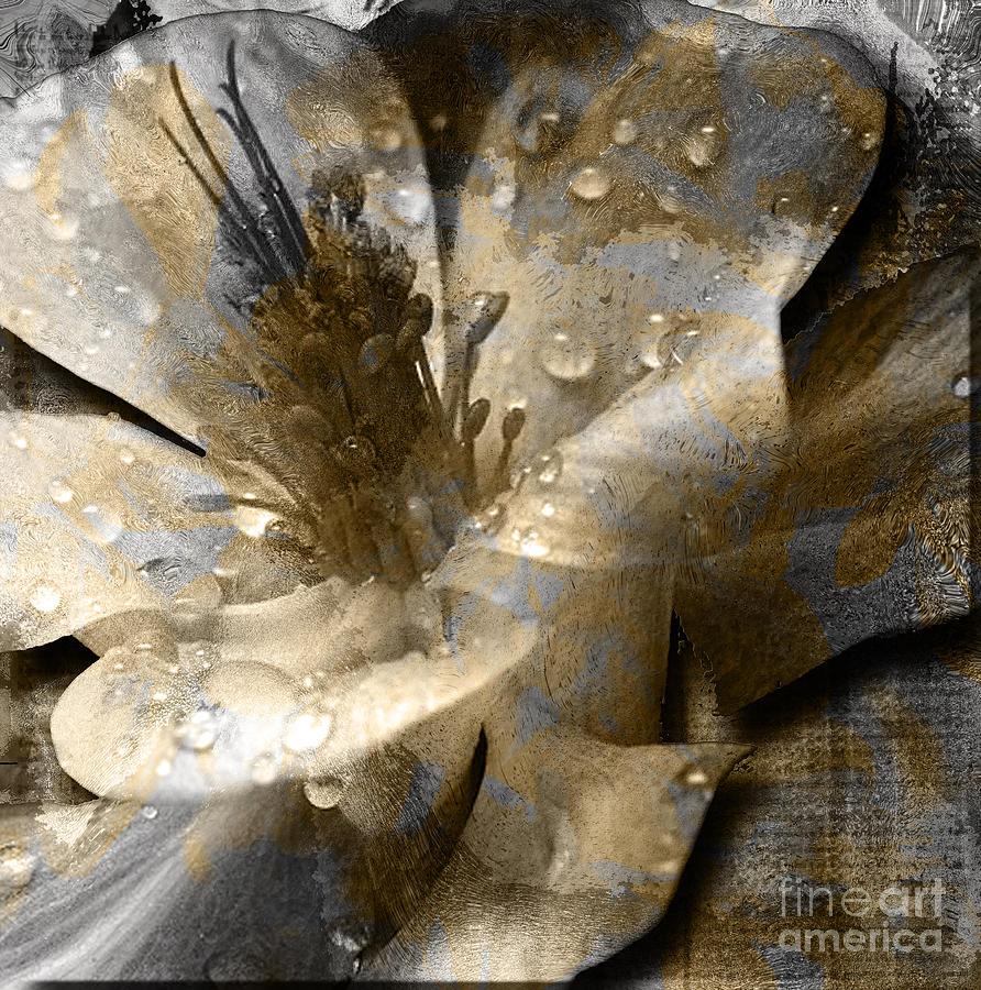 Mixed Media - Wren by Yanni Theodorou