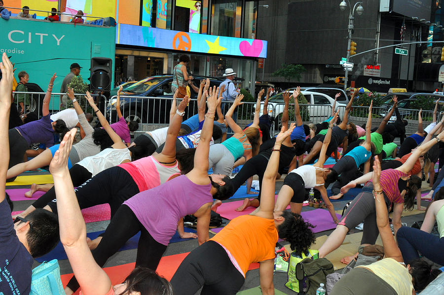 Summer Solstice Photograph - Yoga In Times Square by Diane Lent