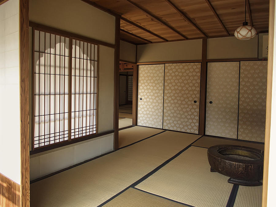 Zen meditation room and katomado window kyoto japan for Zen meditation room