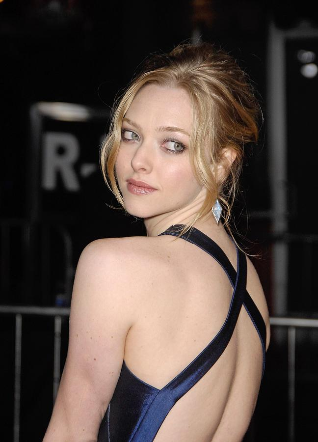 Amanda Seyfried At Arrivals For Dear Photograph