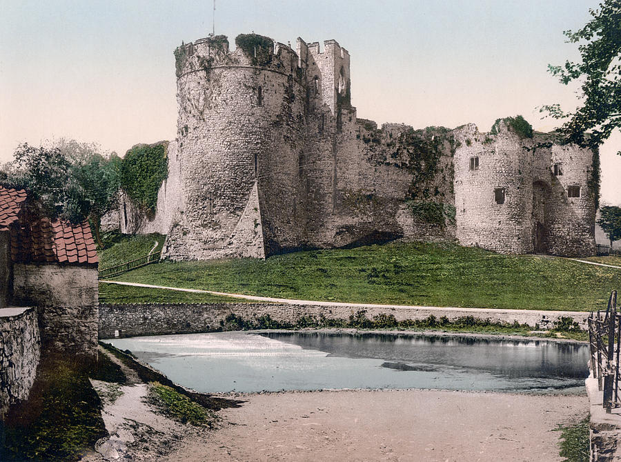 Chepstow United Kingdom  city photos gallery : Chepstow Photograph Castle In Chepstow Wales United Kingdom by ...