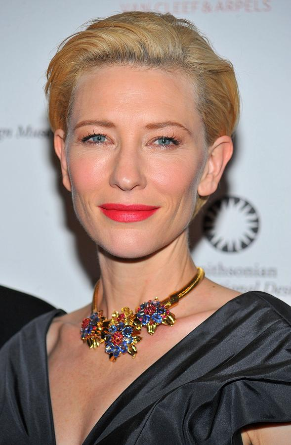 Cate Blanchett Wearing A Van Cleef & Photograph