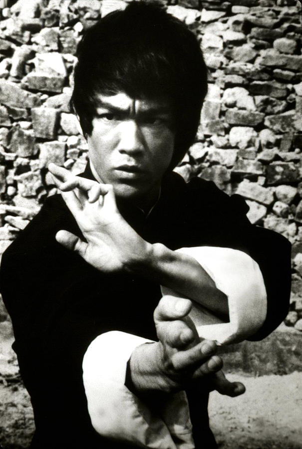 Enter The Dragon, Bruce Lee, 1973 Photograph  - Enter The Dragon, Bruce Lee, 1973 Fine Art Print