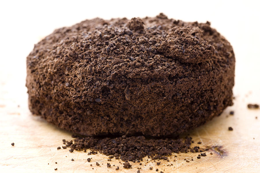 1-espresso-coffee-grounds-frank-tschakert.jpg