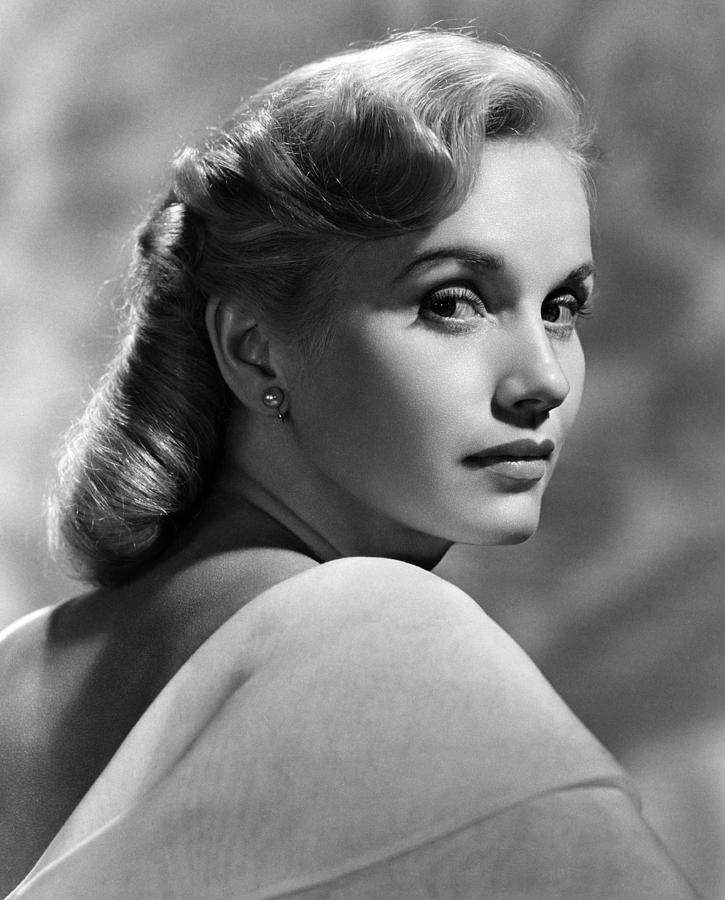 1950s Portraits Photograph - Eva Marie Saint, Ca. 1950s by Everett