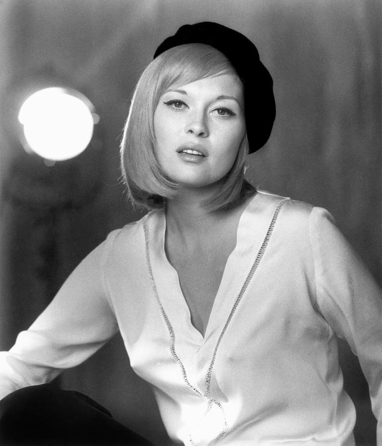 Faye Dunaway (1941- ) is a photograph by Granger which was uploaded on ...