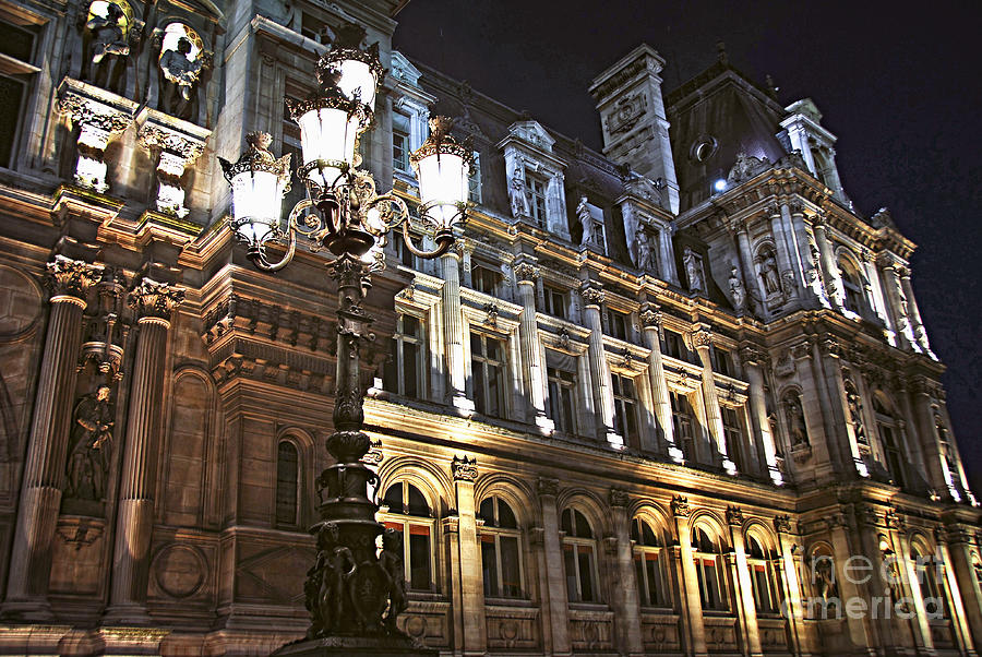 Hotel De Ville In Paris Photograph